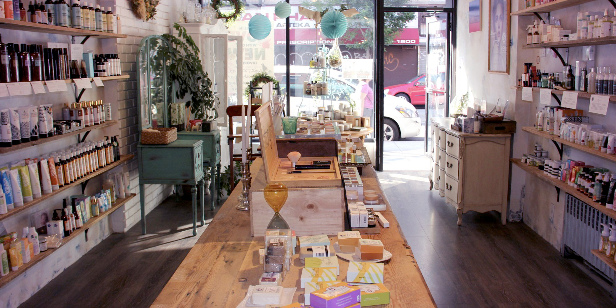 Brooklyn Groove Gets Its Natural Beauty Groove On In Greenpoint