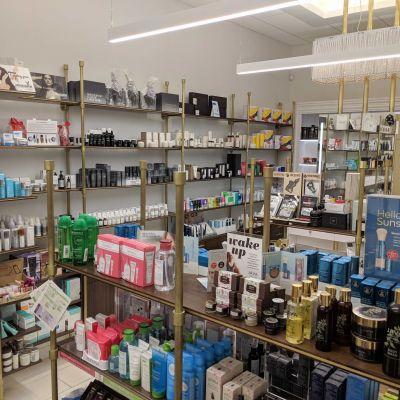 Brandon Cross Develops Cedra Pharmacy's Beauty Selection With Customers In Mind