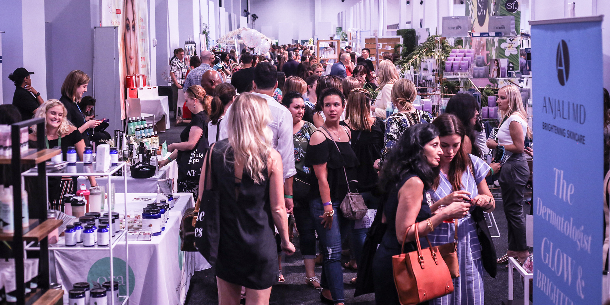 The Biggest Beauty Trends From IBE NY 2018 You Need To Watch
