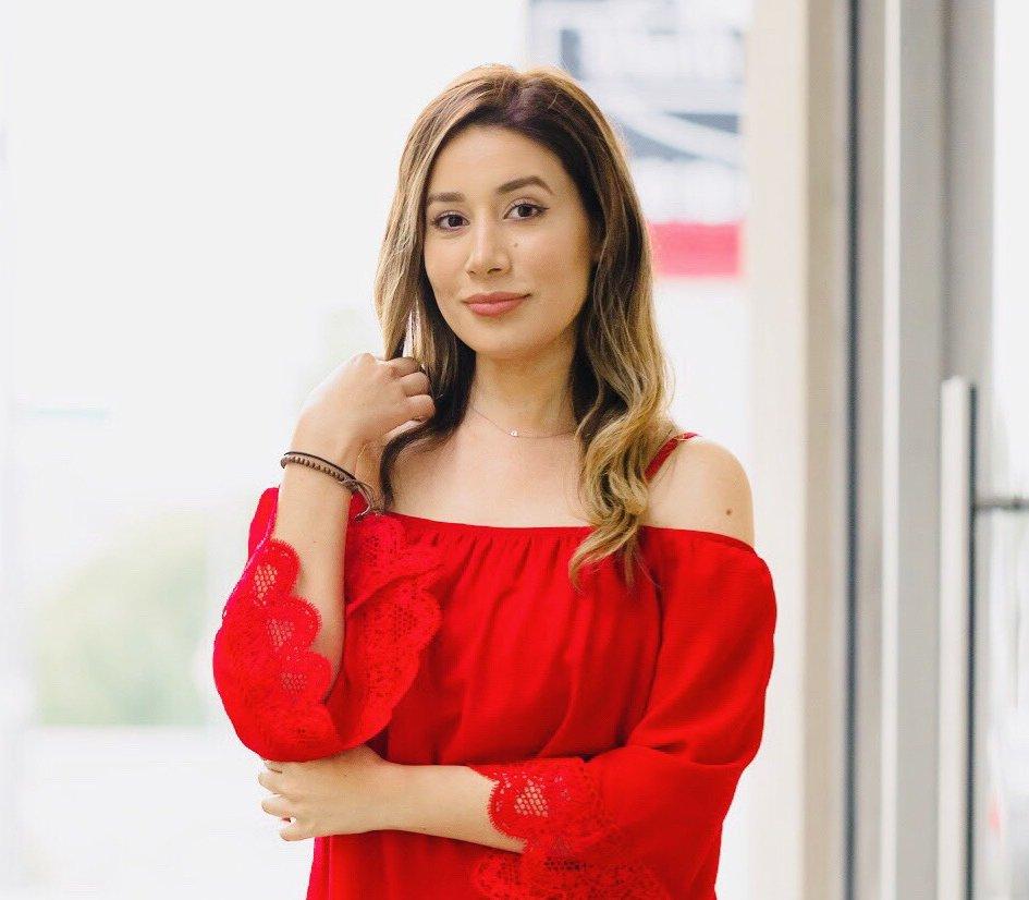 Gracious Om founder Andrea Barrera
