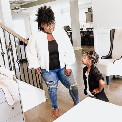 Anikitia Abram Paused Curluxe Naturals To Become Mom To Five Kids. Now, The Brand Is Back.