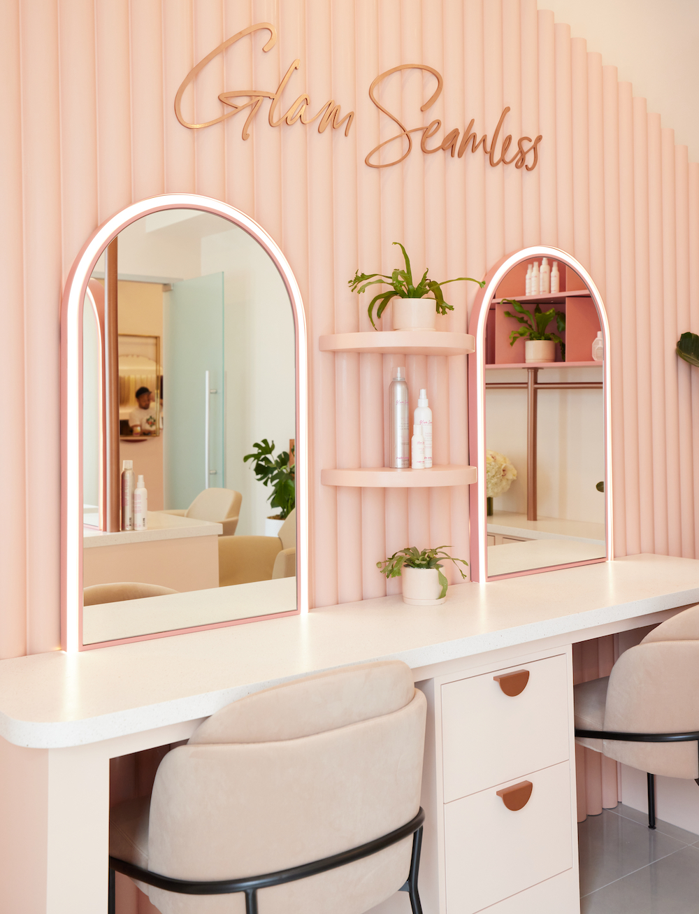 Glam-seamless-hollywood-l-catterton